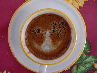 Καφές με γάλα και καλό ΠΣΚ!
